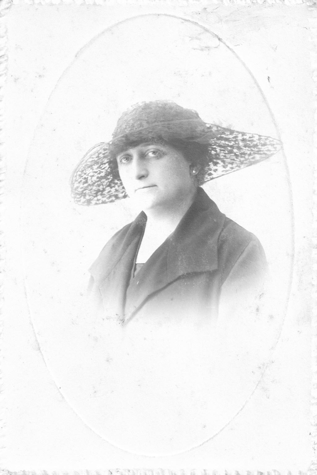 Marie-Eugénie Mahie, dochter van Marie-Louise Mahie-de Ceva. Foto: Heemkunde Boxtel © MooiBoxtel