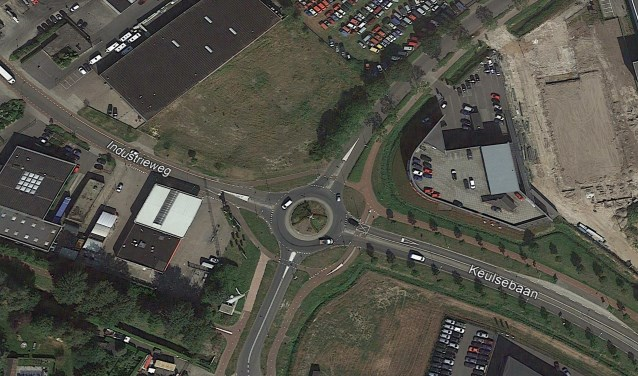 De huidige rotonde vanuit de lucht gezien.    Fotonummer: a70a20