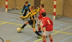 Zaalvoetbal maandagmiddag in Meulvliet, Tholen.