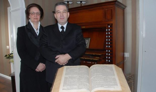 Dominee Zwartbol en zijn vrouw.