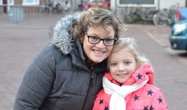 Annemiek Aarnoudse en haar dochter.