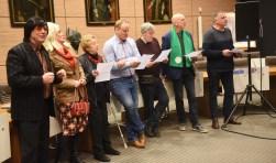 (v.l.n.r.) Kootje en Lena, Gré Boelhouwers (VVD), Chris Koopman (SGP), George de Leeuw (ABT), Rob Duijm (CDA), Han van 't Hof (ABT).