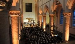 Koor en orkest treden samen op in de Grote Kerk in Tholen.