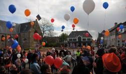 Ballonnen oplaten, zoals hier in Oud-Vossemeer, is er in Tholen niet meer bij.