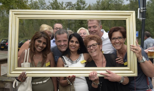50 jaar rooienaar 2014 DeMooiRooiKrant   50 jarigen reünie in beeld 50 jaar rooienaar 2014