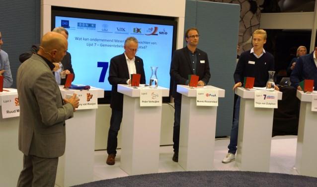 Thijs van Zutphen (r) is aan het woord.  | Fotonummer: 085ec4