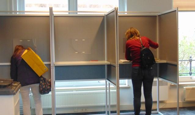Stemmen  Tweede Kamerverkiezingen in Rooi  | Fotonummer: 813e7a