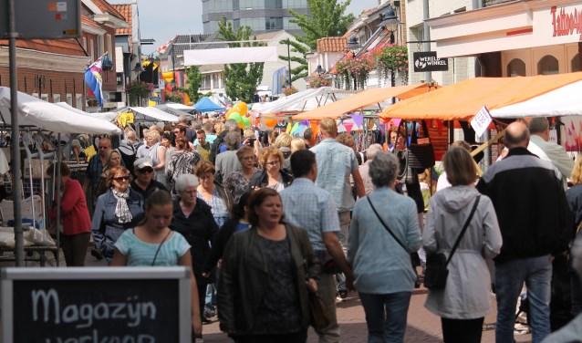 Ook de Jaarmarkt draait op de kracht van veel vrijwilligers,  | Fotonummer: 5c5d20