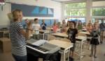 Frits van Eerd en wethouder Roozendaal openen muzieklessen