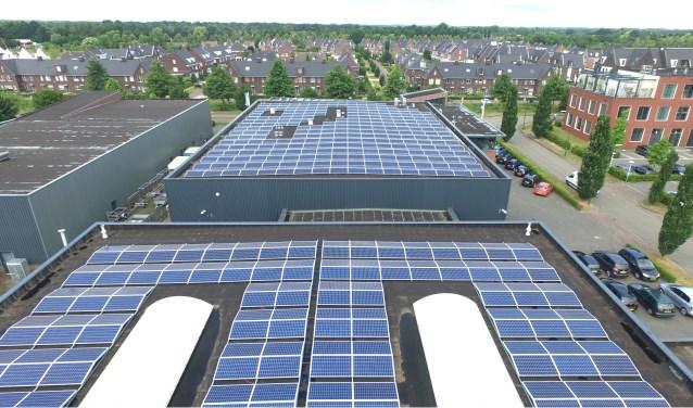 Het dak van TVE, vol met zonnepanelen.   | Fotonummer: 0588de