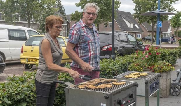De barbecues liggen vol met lekkers.  | Fotonummer: ca3801