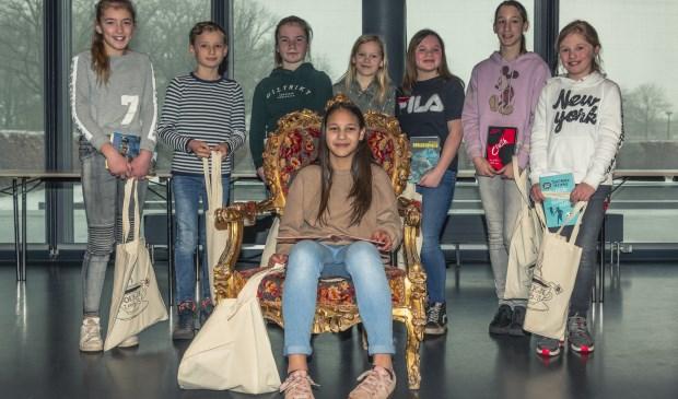 Marisa van den Oever wint Rooise voorleeswedstrijd  | Fotonummer: 42f596