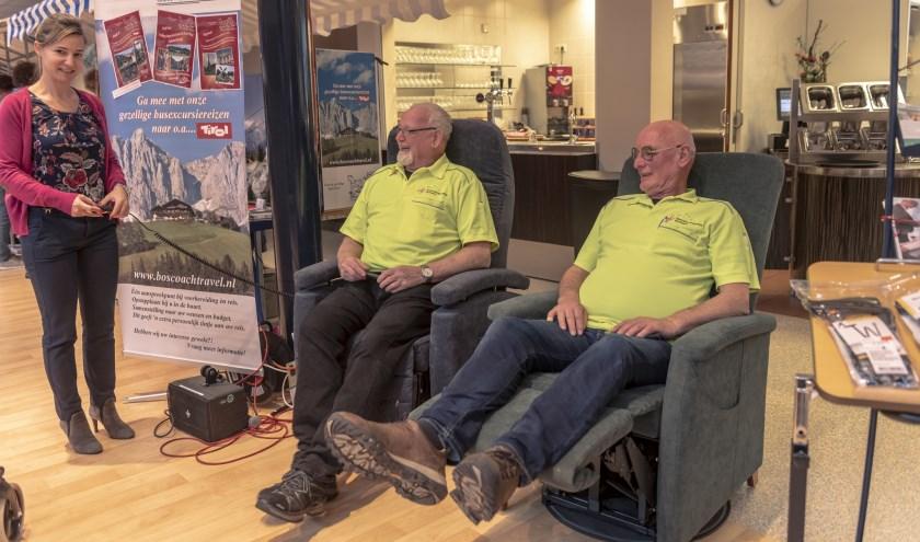 Even relaxen in een luie stoel.   | Fotonummer: 9afa80
