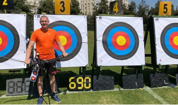 Sjef v.d. Berg schiet Europees record     Fotonummer: 859ab9