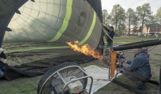 De vlam er in en opstijgen maar!   | Fotonummer: b55159