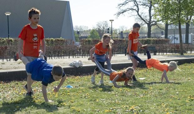Oud-Hollandse spelletjes horen er ook bij!   | Fotonummer: 6754fd