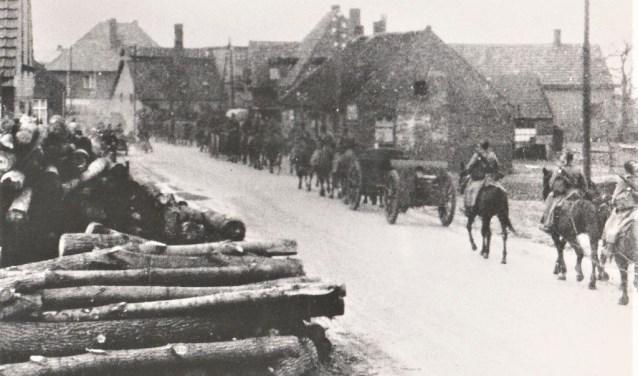 Het Nederlandse leger in de Peel.   | Fotonummer: 7797c3
