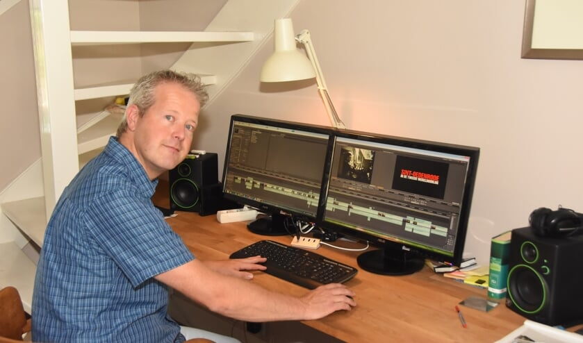 MIchiel Bakker aan de montage van de documentaire 'Sint-Oedenrode in de Tweede Wereldoorlog'   | Fotonummer: bf1729