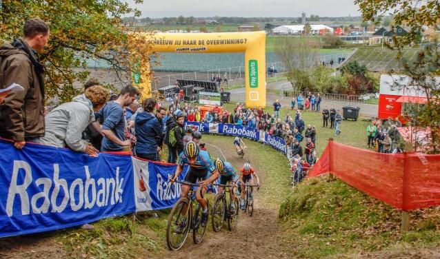 Op het uitdagend parcours van de Brabantse Wal bij Huijbergen gaat zich opnieuw een spannende strijd afspelen.