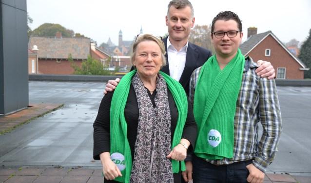Links wethouder Annette Stinenbosch, hier met partijgenoten van CDA.