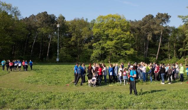 Het eerste team, de bootcamp van 5 km. is als eerste weg.