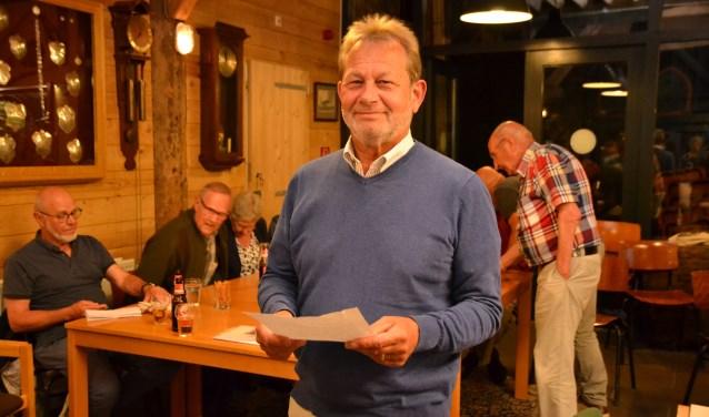 Edy Minnebach gaf acte de présence op het West-Brabants Dialectcafé.