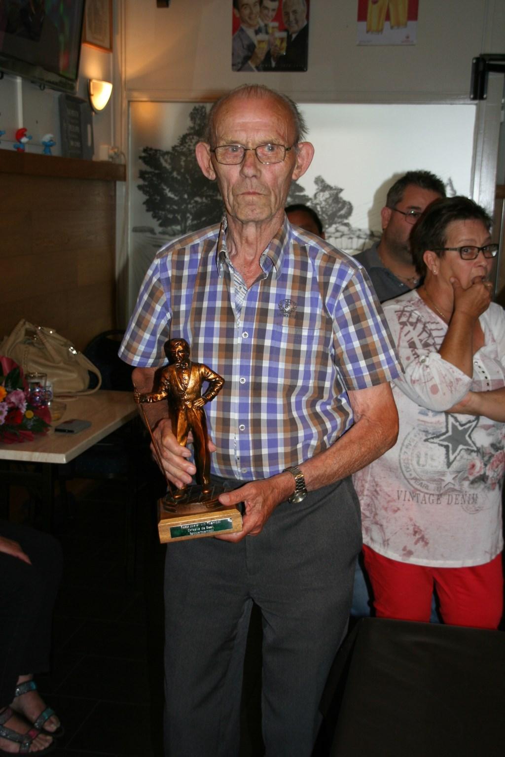 Rinus Koevoets (89) Beste speler van het toernooi Foto: Jeroen © Minerve Pers