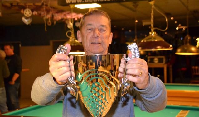 Sjaak Rens is de winnaar van het tiende honderdentoernooi.