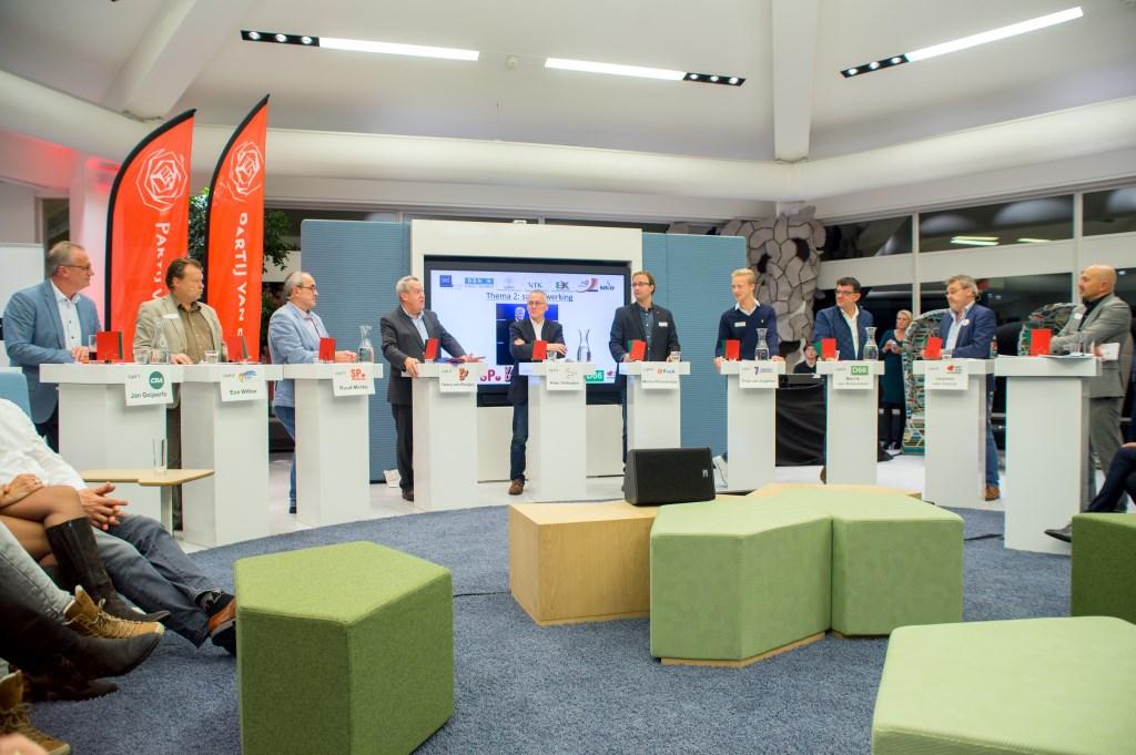 Lijsttrekkers in debat (foto's Margot van Kleef).