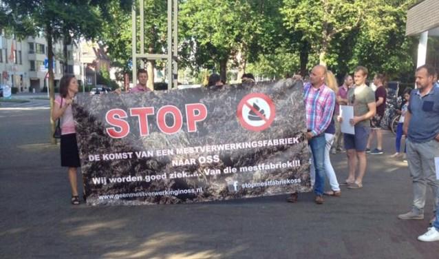 (Foto: Facebook Stop Mestfabriek Oss)
