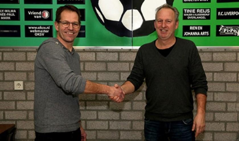 Peter van Orsouw (rechts), trainer van OKSV.
