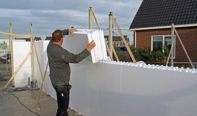 Eerste huis van piepschuim dit gaat de bouwwereld for Zelf huis bouwen kostprijs