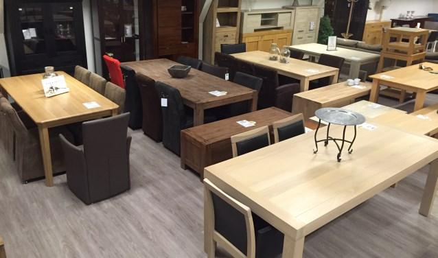 Meubel Showroom Uitverkoop : Magazijnuitverkoop meubelen bij coppens warenhuis in volkel