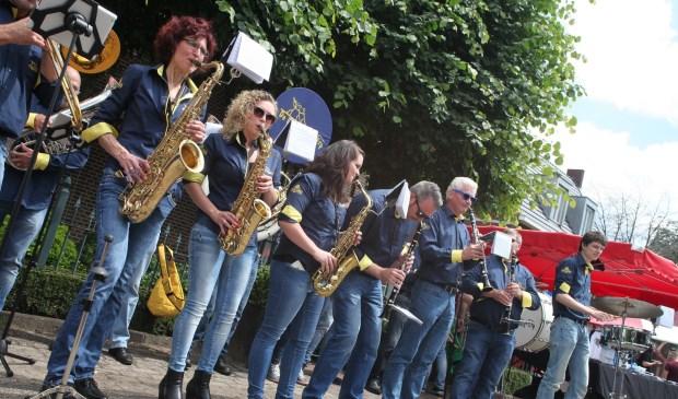Volop muziek tijdens Zijtaart Bied Meer (Foto's Peter Kuijpers)