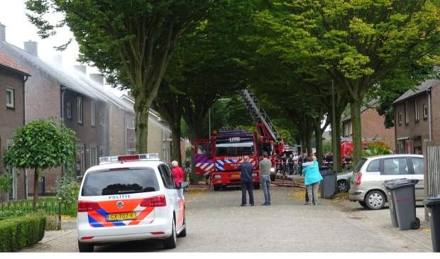 Brand zorgt voor veel schade aan Lithse woning. (Foto: Maickel Keijzers / Hendriks Multimedia)