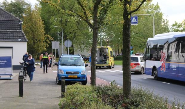 Het verkeer ondervond korte tijd hinder van het ongeval op de Burgemeester Verkuijlstraat. Foto: SK-Media