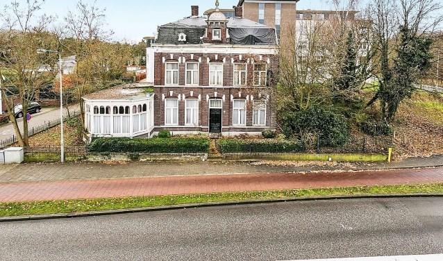 De monumentale Villa Aurora wordt in oude luister hersteld. Het pand krijgt weer de allure van weleer. Archieffoto: Ahmed