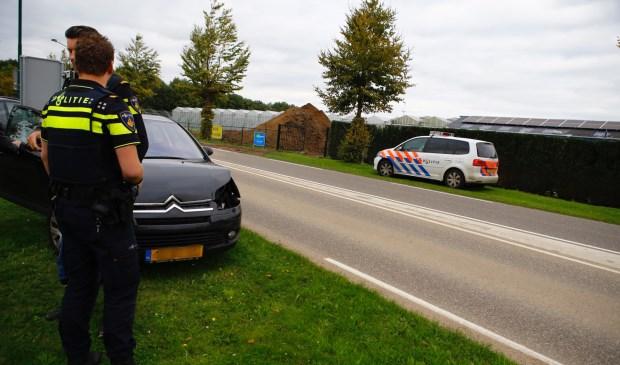 Politie op de plaats waar de kopstaart-aanrijding woensdagmiddag plaatsvond. Foto: SK-Media