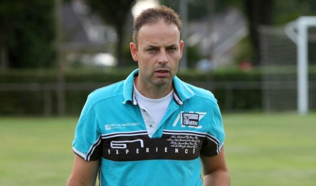Hoofdtrainer Michel Kuijpers stopt bij Festilent