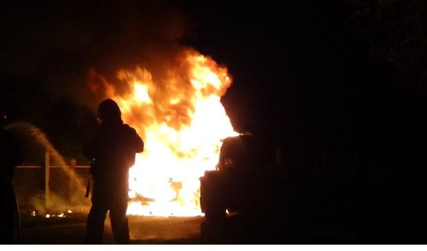 Autobrand in Tilderdstraat