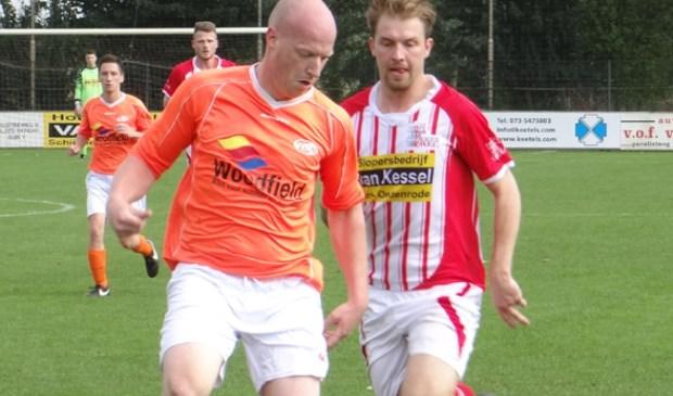 Ruud van Asseldonk (links) gaat lager spelen