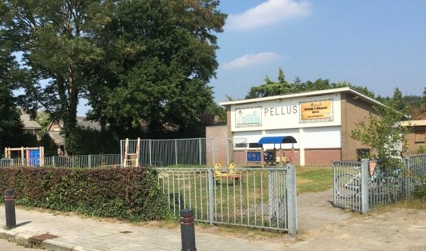 Het Mookse college wil het perceel van jongerencentrum Pellus verkopen aan de Huisartsen- en Fysiotherapiepraktijk. Foto: Jos Gröniger