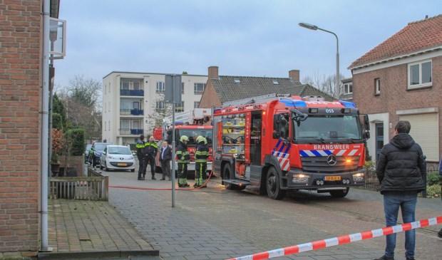 De brand was snel geblust ( Foto's : Maickel Keijzers / Hendriks Multimedia )