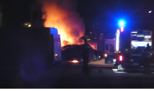 Politie zoekt getuigen autobrand in Oss