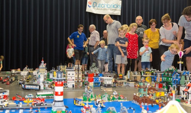 Er waren vele Lego-creaties te zien afgelopen weekend tijdens Bricktopia in Overloon.
