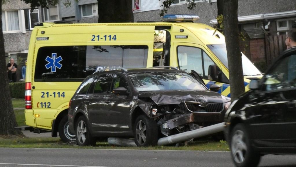 Ongeval op de Heihoeksingel in Oss. (Foto: Maickel Keijzers / Hendriks Multimedia)  © 112 Brabantnieuws