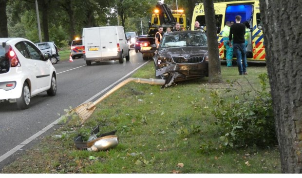 Ongeval op de Heihoeksingel in Oss. (Foto: Maickel Keijzers / Hendriks Multimedia)
