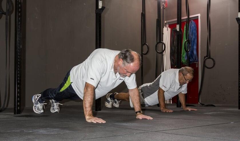 CrossFit is een 'back to basic' trainingsmethode die verschillende sporten combineert in één trainingsvorm. CrossFit is bedoeld voor iedereen die écht resultaat wil behalen.