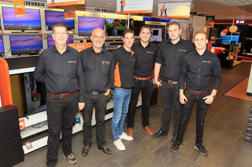 Het team van Expert Oss. (Foto: Hans van der Poel)