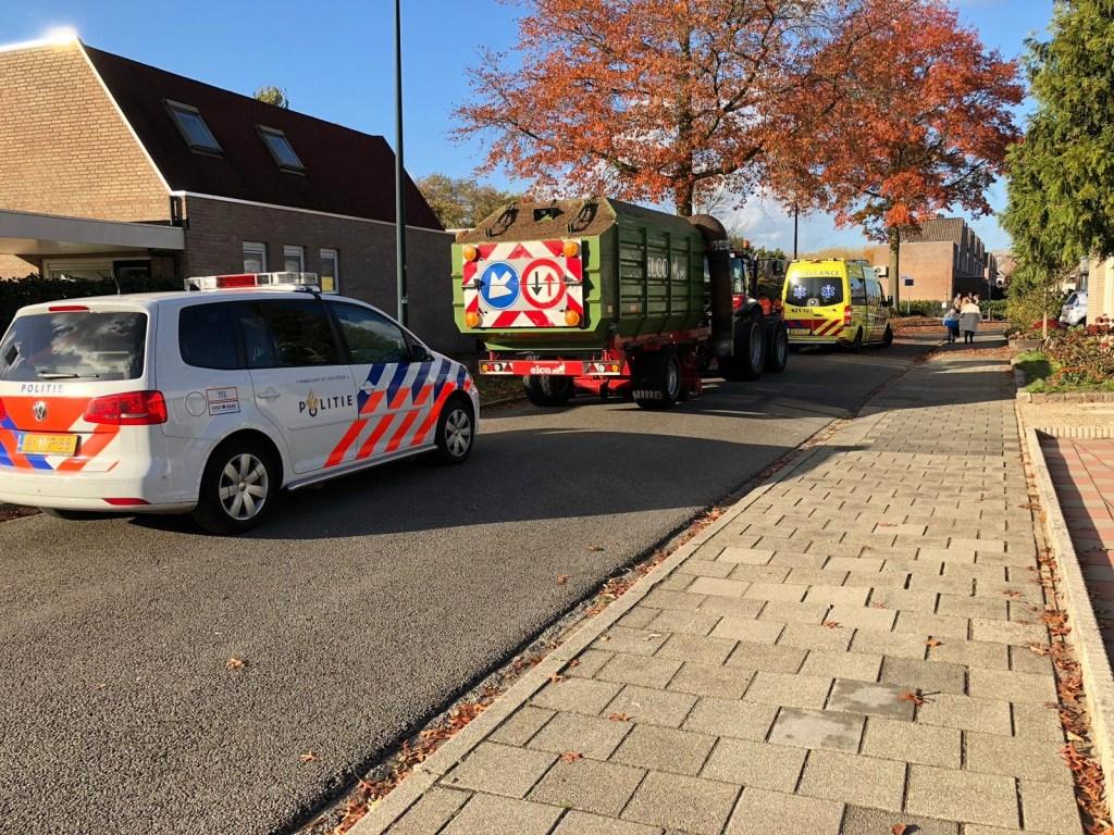 Ongeval tractor en fietser Veghel.
